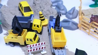 Excavators, Dump Trucks, Road Roller, Wheel Loader Accident Crash Rescue Toy Truck Funny Toy Story