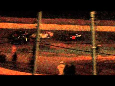 dustin duncan feature pt 2 at lake cumberland speedway 6 2 12
