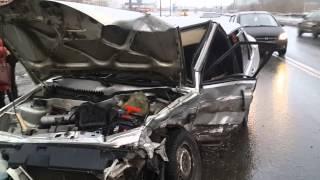 Авария на выезде с заправки tv29.ru Северодвинск(, 2015-03-29T16:33:21.000Z)