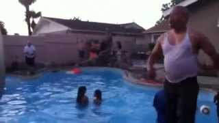 Alcohol+Music+Pool= Everyone dancin & Jumpin into the pool Part 5/5