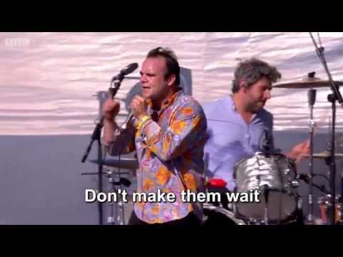 """Future Islands - """"A Song For Our Grandfathers"""" - LYRICS on screen"""