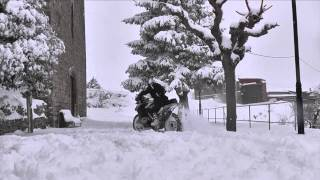 BMW R 1200 GS Adventure - Trying to ride on the snow