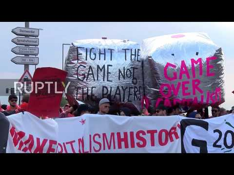 Germany: G20 protesters block access to Hamburg harbour