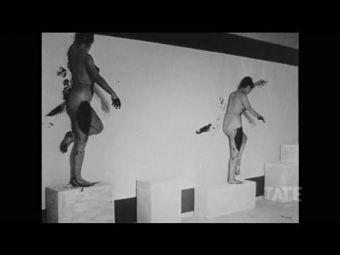 TateShots: Yves Klein – Anthropometries