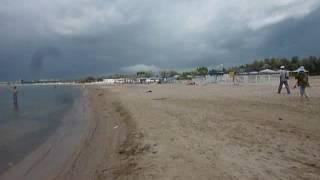 Анапа погода в июне 2016 на Черное море желает лушего ХОЛОДНО Дождь(Анапа июнь 2016 видео Черное море песчаный пляж Анапка Качество отдыха в Анапе будет во многом зависеть от..., 2016-06-05T07:36:29.000Z)