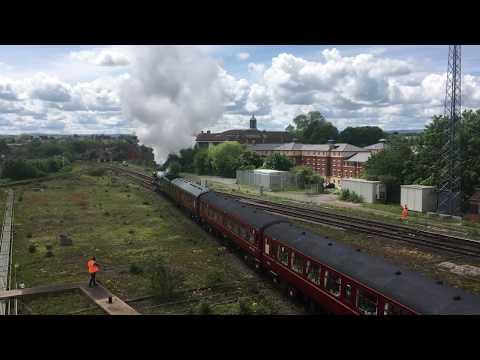 The Flying Scotsman steam train stops at Shrewsbury