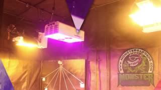 видео Освещение теплиц светодиодное, искусственное из поликарбоната своими руками: расчет, лампы