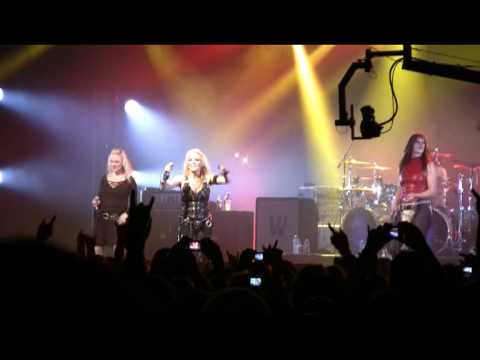 MFVF 2009  -  Doro with Liv from Leaves Eyes and Floor Jansen
