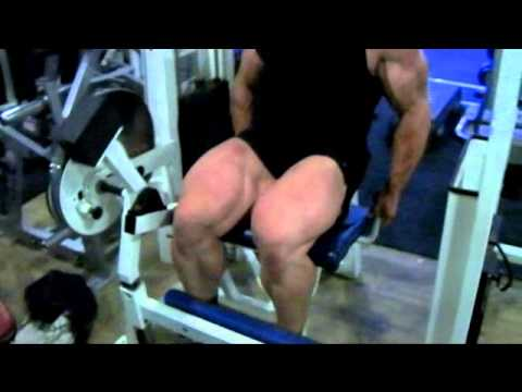 Barny Du Plessis 'Road To Pro' Session 5 - Heavy Quads, 10 weeks out.