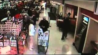 Police: Dye pack explodes in bushes after bank robbery - 2011-11-22