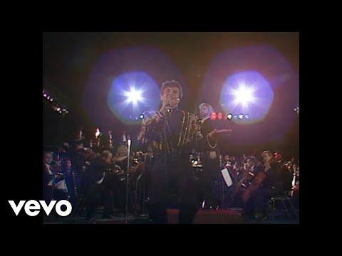 Juan Gabriel - Debo Hacerlo (Video)