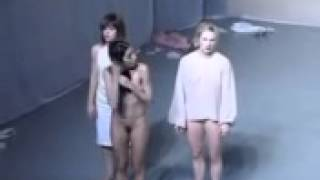 Repeat youtube video Nudez e arte AnnVandenBroek Cotelette