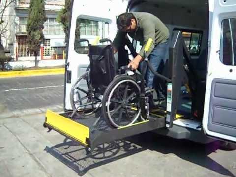 Transporte para personas con discapacidad youtube for Sillas para discapacitados