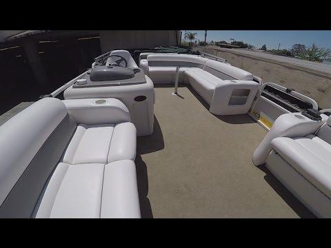 Reupholster Pantum Boat Interior