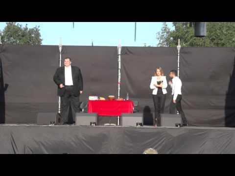 Студія Квартал-95» влаштувала концерт для українських військових. (АТО)
