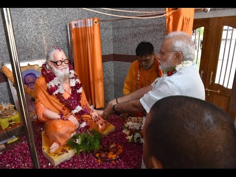 PM Modi unveils the statue of late Mahanth Avaidyanath at Gorakhnath Temple