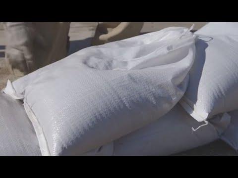 Sarykarmen Rivera - No arrojes a la playa sacos de arena que buscaste para el huracán Dorian