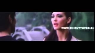 I amazing scene Amy jackson speaks local tamil.....
