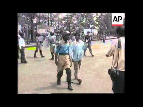 Bangladesh - Police Crush Opposition Demonstration