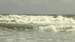 Rough tides at Jax Beach