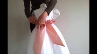 How to make a nice bow to a flower girl dress  - Tutorial