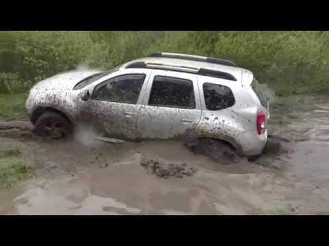 Renault Duster Ромке пофиг любая грязюка