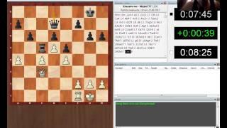 Gameplay de ajedrez online en PlayChess V8