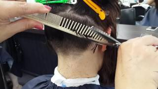 Отработка перехода в стрижке Каре на ножке или стрижке Шапочка