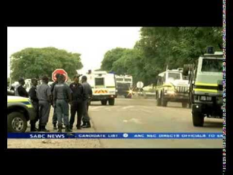 Clashes erupted at Anglo American's Khuseleka mine shaft in Rustenburg .