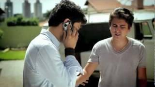 Bruninho e Davi - Vamo Mexê  (part. Michel Teló)(Clipe Oficial)