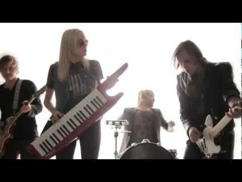 KIWI TIME - Feel You Tonight (Official Video, Feb 2013)