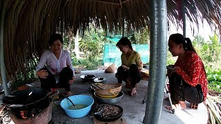 Đặt lợp cá bóng dừa, được ăn ké bánh xèo. Chị 2 chiên cái bánh quá đặt biệt | Săn bắt SÓC TRĂNG |
