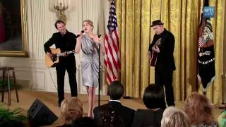 Katharine McPhee - Surrender (live at the White House for International Women