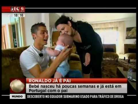 Cristiano Ronaldo ya es papá, Iá é pai, Is a Dad