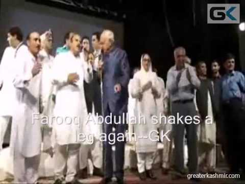 Farooq Abdullah sings 'Bumbro Bumbro', shakes a leg