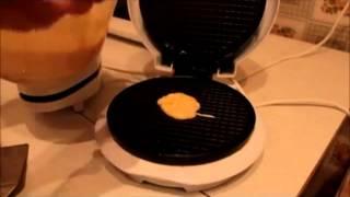 Процесс приготовления вафель в вафельнице(Такая бытовая техника вафельница всегда находила место на кухне хозяек. Итак, ознакомившись с возможным..., 2013-10-26T23:12:38.000Z)