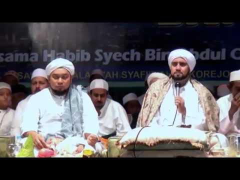 Sukorejo Bersholawat untuk Bangsa  Bersama Habib Syech & KHR Azaim Ibrahimy