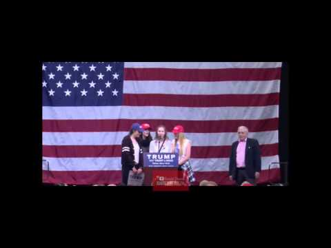 "Worst Rendition EVER of ""God Bless America"" At Donald Trump Rome Ny Rally"