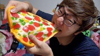 超巨大ピザグミ食べてみた! thumbnail
