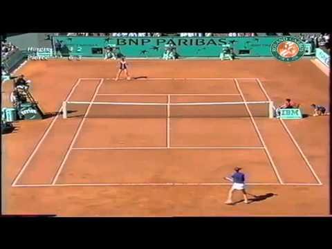 Martina Hingis v. Mary Pierce   2000 Roland Garros Highlights