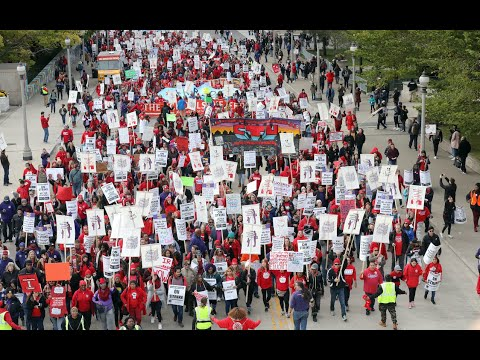 Chicago Teachers Strike for Children's Services and Affordable Housing