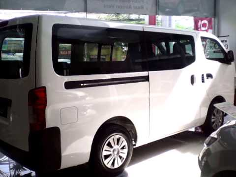 2b27cb63ef Nissan Urvan NV350 Review - 15 Seaters - YouTube