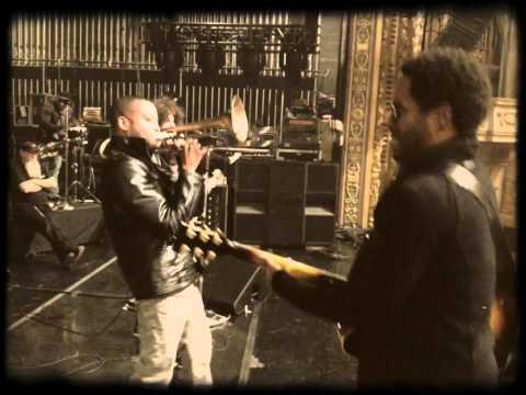 Lenny Kravitz And Trombone Shorty Jamming At Minneapolis Soundcheck