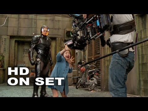 Thumbnail: Pacific Rim: Behind the Scenes Part 2