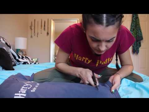 DIY CROP TOPS // How I Cut My Tee Shirts