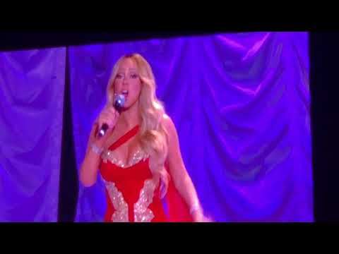 Mariah Carey Joy to the World Manchester Arena 10-12-17