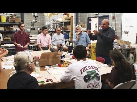Australian Artist Ricardo Idagi Shares Skills with UVA Students