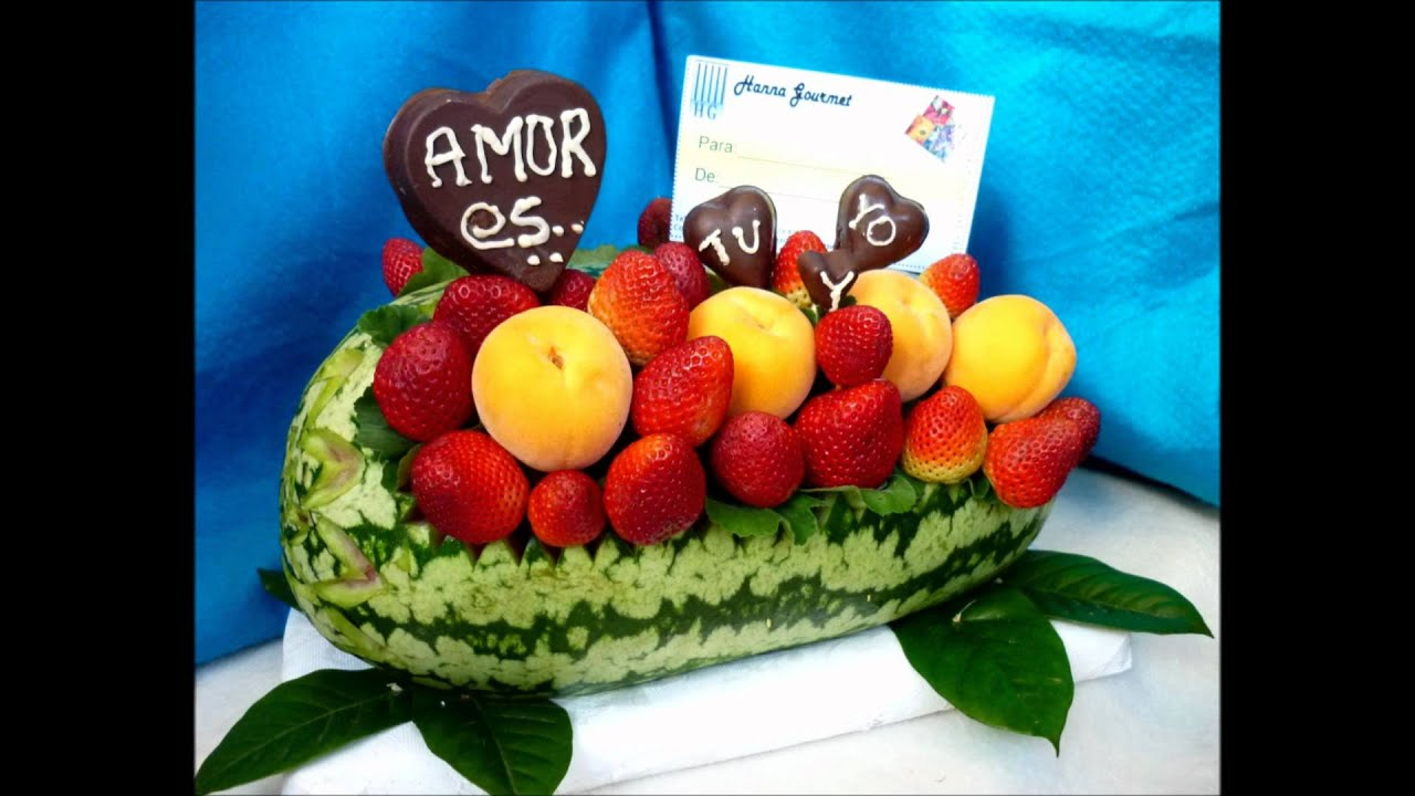 Hanna gourmet bombones y arreglos youtube for Como secar frutas para decoracion