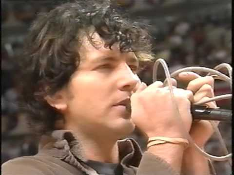 Eddie Vedder - National Anthem (Chicago, 1998) - YouTube