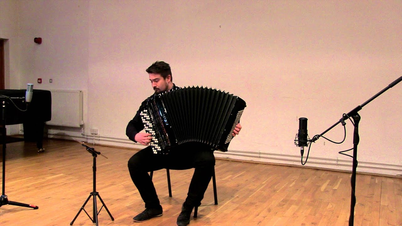 Domenico Scarlatti - Sonata in A major K.208 - Bartosz Glowacki accordion